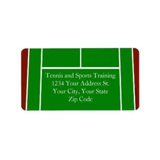 Diseño verde del campo de tenis etiquetas de dirección