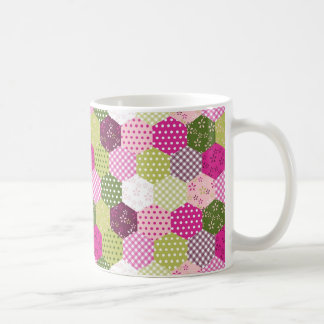 Diseño verde rosado bonito del edredón de remiendo tazas