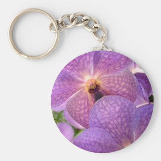 """Diseño violeta exótico """"mágico"""" de las orquídeas llavero redondo tipo pin"""