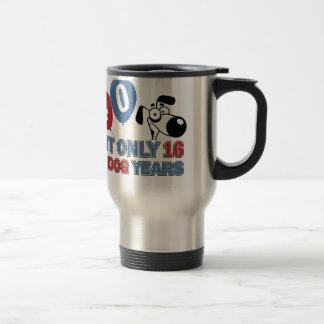 diseños 40 años de los años del perro tazas