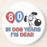 diseños 80 años de los años del perro posavasos diseño