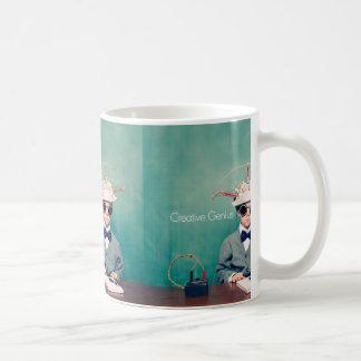 Diseños creativos del genio taza de café