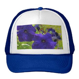 Diseños de color morado oscuro de la petunia gorras