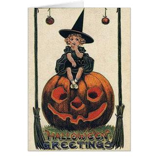 Diseños de Halloween de la bruja del vintage Tarjeta De Felicitación