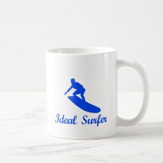 Diseños de la DANZA QUE PRACTICAN SURF Taza