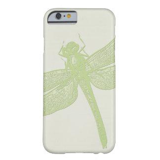 Diseños de la libélula funda de iPhone 6 barely there