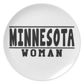 Diseños de la mujer de Minnesota Plato De Cena