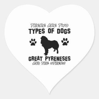 Diseños de la raza del perro de los grandes pegatina en forma de corazón