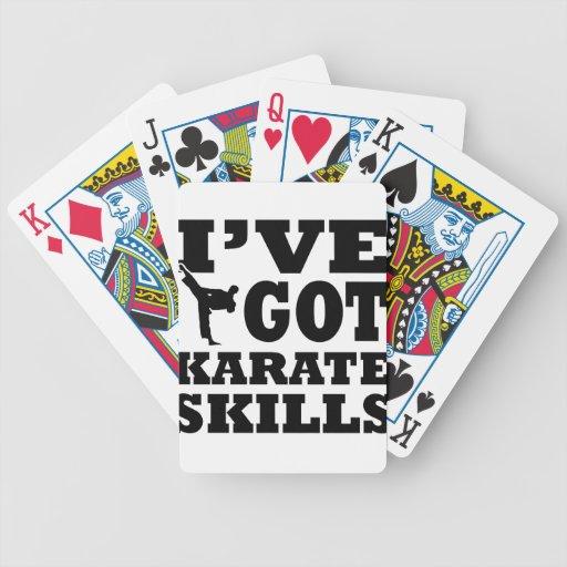 Diseños de los artes marciales del karate barajas