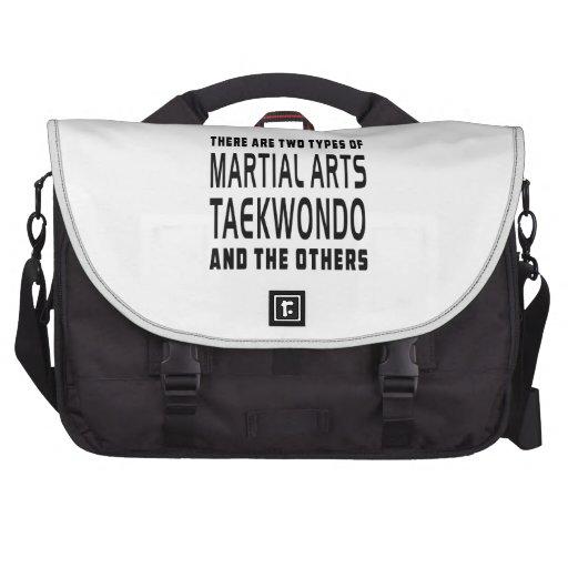 Diseños de los artes marciales del Taekwondo Bolsa De Ordenador