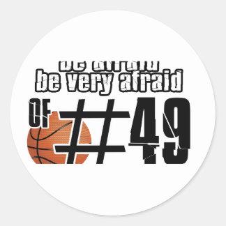 Diseños del baloncesto del número 49 pegatina redonda