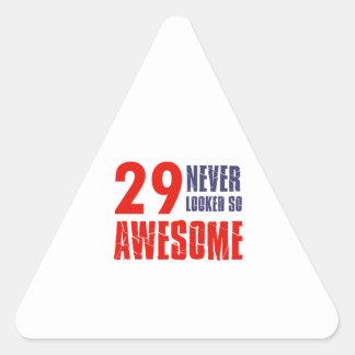 diseños del cumpleaños de 29 años pegatina triangular