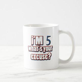 diseños del cumpleaños de 5 años taza clásica