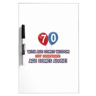 diseños del cumpleaños de la sabiduría de 70 años tableros blancos
