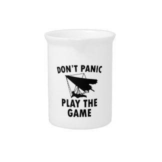 Diseños del deslizamiento de la caída jarra para bebida