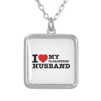 Diseños del marido del Clarinetist Pendiente Personalizado