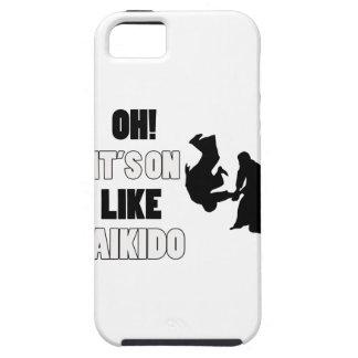 Diseños del perro del Aikido iPhone 5 Carcasa