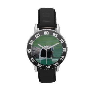 Diseños del pingüino reloj de mano