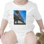 diseños del puente camisetas