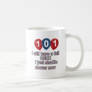 diseños divertidos del cumpleaños de 101 años taza de café