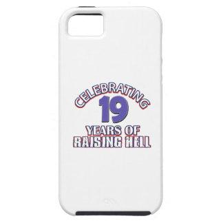 Diseños DIVERTIDOS del cumpleaños de 19 años iPhone 5 Cárcasa