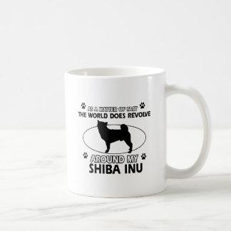 Diseños divertidos del inus del shiba taza