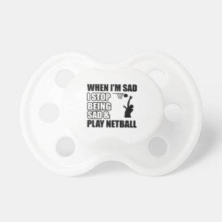 Diseños divertidos del Netball Chupetes De Bebe