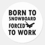 Diseños frescos de la snowboard etiqueta redonda