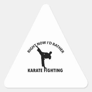 diseños frescos del karate pegatina triangular