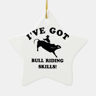 diseños frescos del montar a caballo del toro adorno navideño de cerámica en forma de estrella