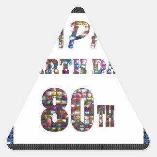 diseños happybirthday del feliz cumpleaños pegatina triangular