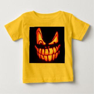 Diseños malvados de la linterna del o de Halloween Playera Para Bebé