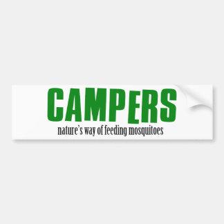 Diseños que acampan divertidos etiqueta de parachoque