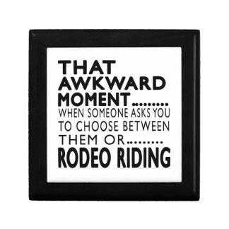 Diseños torpes de ese del momento montar a caballo caja de joyas