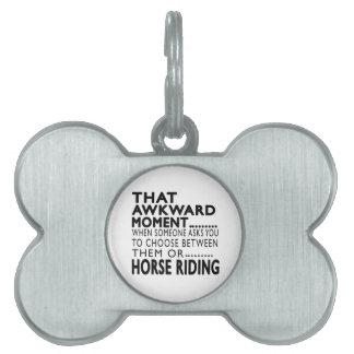 Diseños torpes de ese montar a caballo del momento placas de nombre de mascota