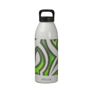 Diseños únicos de las ilustraciones del asesino botella de agua reutilizable