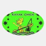 Diseños y cosas del polluelo del kajak colcomanias de ovaladas