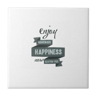 Disfrute de la felicidad hecha en casa, ahora