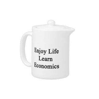 Disfrute de la vida aprenden la economía