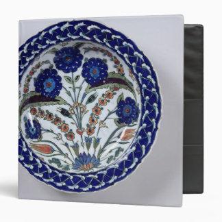 Dish with a floral decoration, Iznik Binder