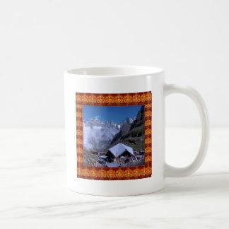 Display GIFTS: HEMKUNT SHAHIB GURUDWARA Classic White Coffee Mug