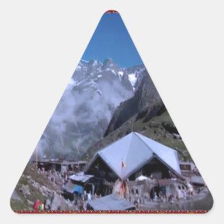 Display GIFTS: HEMKUNT SHAHIB GURUDWARA Triangle Sticker