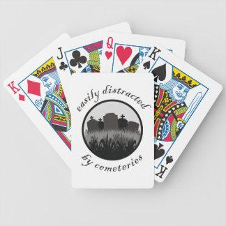 Distraído fácilmente por los cementerios baraja de cartas