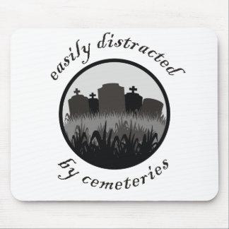 Distraído fácilmente por los cementerios tapete de ratones