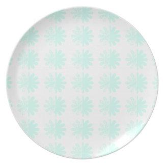 Distressed Petal Snowflake  Modern Pattern Dinner Plate
