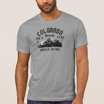Distressed Pikes Peak Colorado Garden Of The Gods T-Shirt