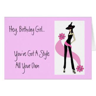 Diva con la tarjeta de cumpleaños del estilo