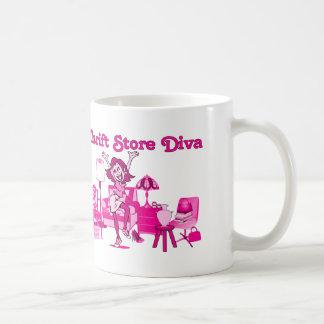 Diva de la tienda de descuento taza básica blanca
