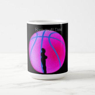 Diva del B-Ball de SimplyTonjia en la taza negra