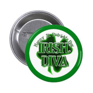 Diva del irlandés del día de St Patrick Pin Redondo De 2 Pulgadas